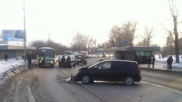В ГИБДД рассказали подробности лобовой аварии с пьяным водителемна Троллейной