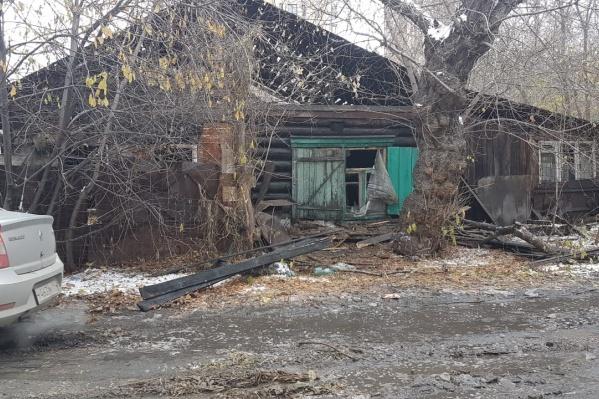 На месте пожара обнаружили четыре тела