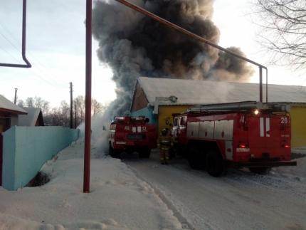 Пожар на обувной фабрике случился ранним утром 4 января
