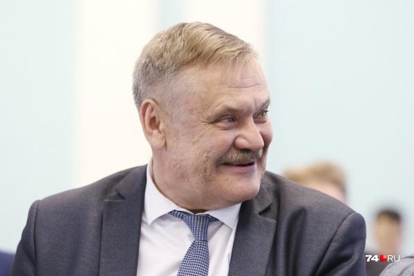 Перед совещанием Сергей Лихачёв выпил таблетки