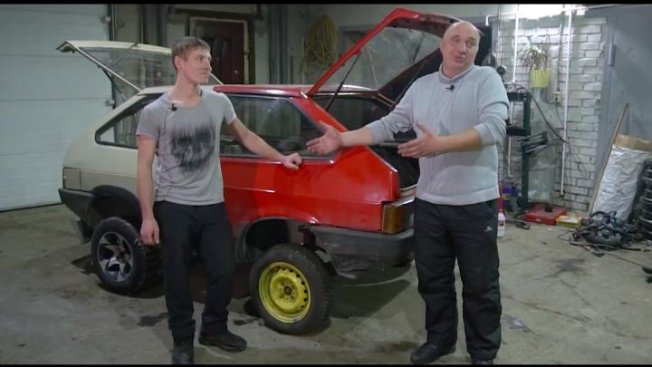 Новосибирские видеоблогеры начали превращать «танк» из двух машин во вседорожник