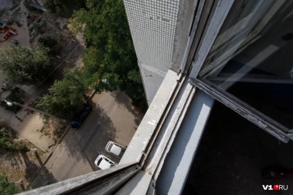 Трагедия разыгралась на улице Машиностроителей в Волжском в сентябре