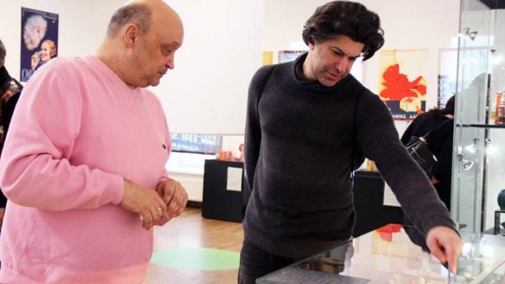 Знаменитый артист балета НиколайЦискаридзе приехал в Екатеринбург на могилу своего первого учителя