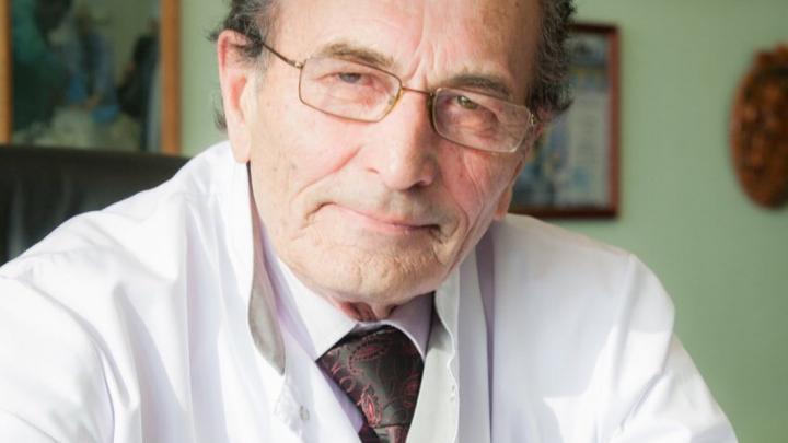 В Красноярске умер старейший реаниматолог и основатель перинатального центра