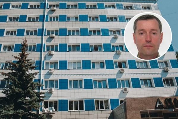 По данным источников 72.RU, убийство могло быть связано с долговыми обязательствами одного из участников конфликта