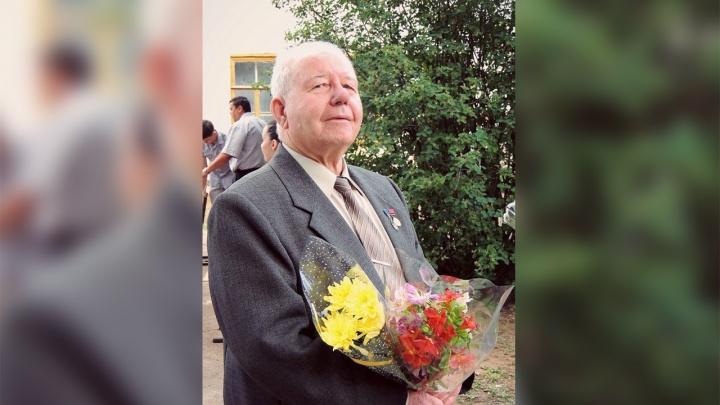 «Бил ножом и топором»: родной сын зверски убил директора школы в Николаевске