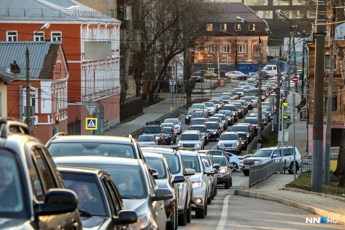 Нижний Новгород встал в многочисленных пятничных пробках