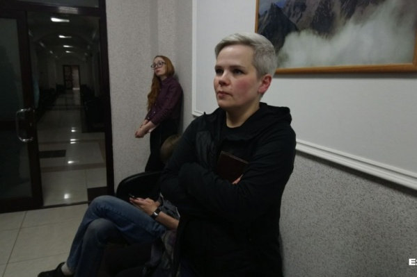 Суд отказывается возвращать детей Юлии Савиновских
