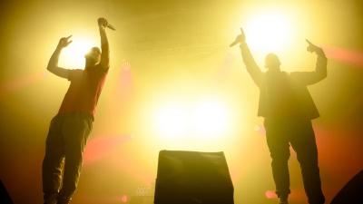 «ГРОТ» отметил день рождения группы в Ростове. 20 ярких фото с концерта омских рэперов