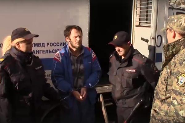 Коллегия присяжных признала Эдуарда Селезнева виновным в убийствах трёх человек