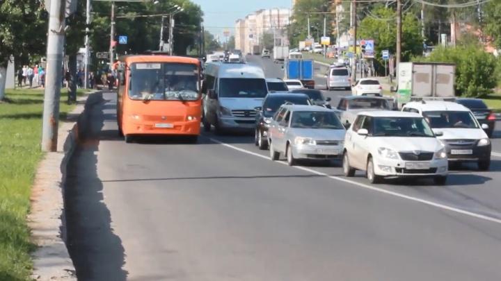 ГИБДД и камер нет: сторонники выделенки проверили, нарушают ли водители ПДД на проспекте Гагарина