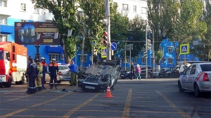Из-за аварии на Нагибина образовалась двухкилометровая пробка