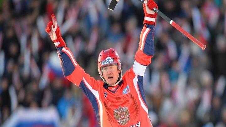 Легендарный красноярский хоккеист Ломанов завершает карьеру в сборной
