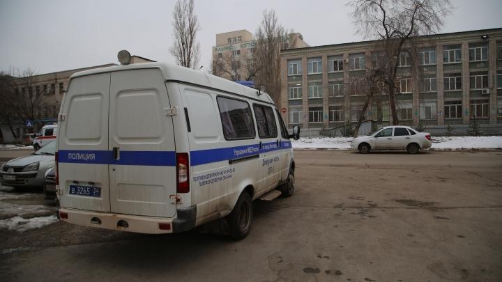 В волгоградских школах взрывных устройств не обнаружили