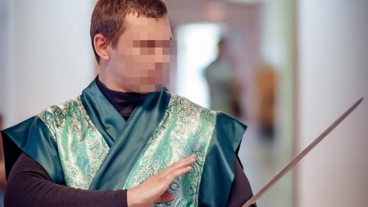Тренера из Челябинской области, обвиняемого в растлении девятилетней девочки, отправили в СИЗО