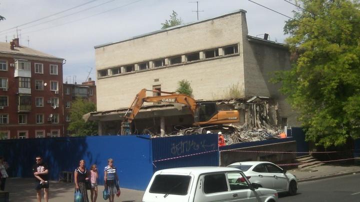 Власти Ростова не смогли обязать «Солнечный круг» реконструировать кинотеатр «Юбилейный»
