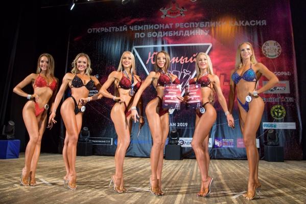 Участницы и победительницы турнира края