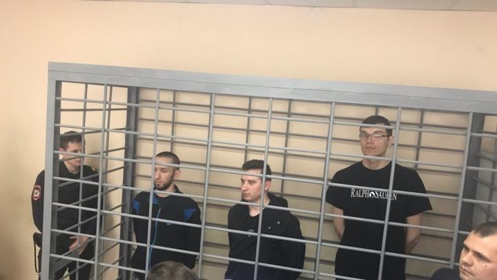 В Волгограде отложили суд над «революционерами», поехавшими штурмовать Москву с черенком от швабры