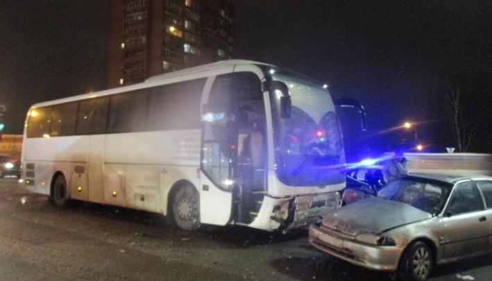 Беременная потеряла ребенка: водителя автобуса, устроившего страшное ДТП, ждет суд