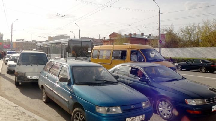 Красноярский край назвали регионом с самым старым автопарком в продаже