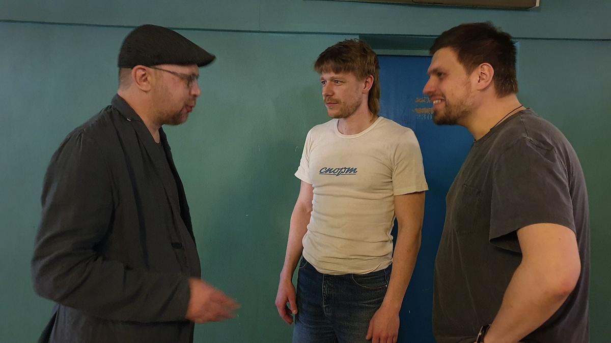 Алексей Иванов с Никитой Ефремовым и режиссером Романом Васьяновым