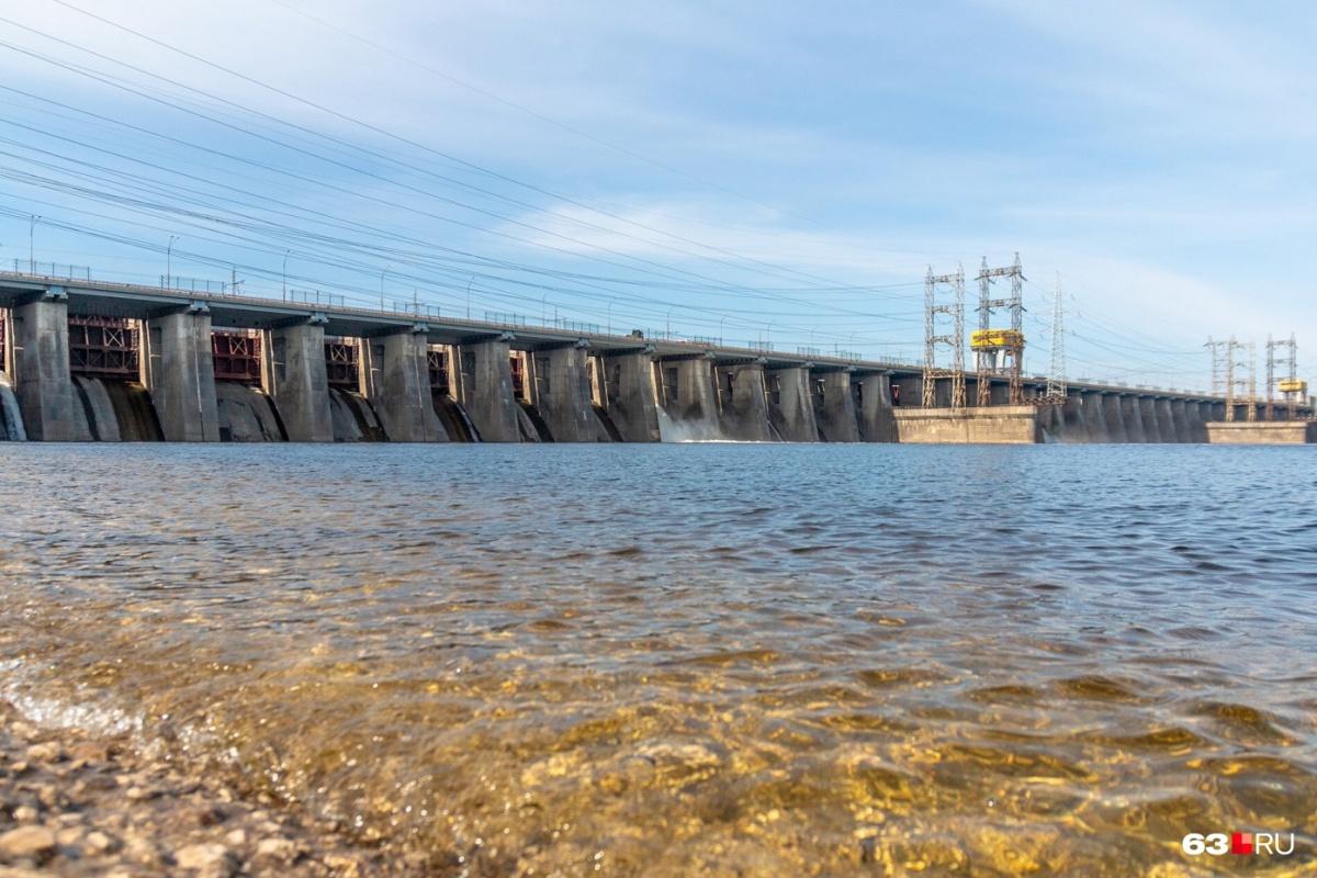 Высота плотины Жигулевской ГЭС — 52 метра