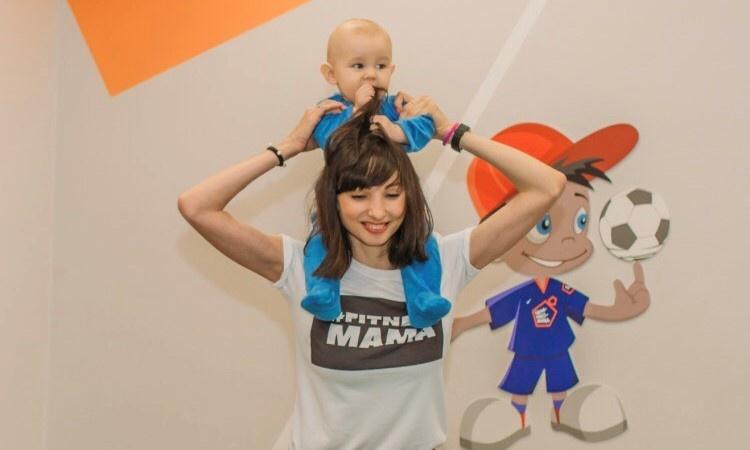 Уралочка сделала фитнес-студию, в которую нужно ходить с детьми