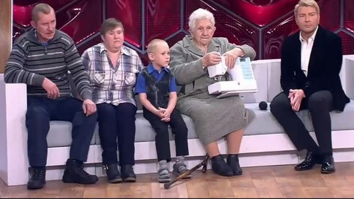 Маленький Дима Песков, потерявшийся в лесу, стал героем праздничного выпуска программы Андрея Малахова