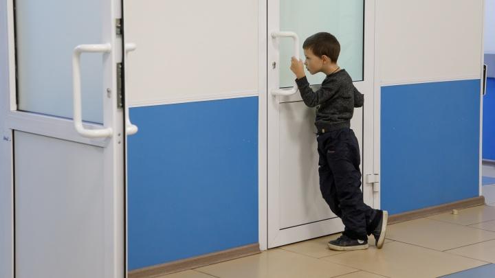 В Волгоградской области эпидемия гриппа и простуды закрыла на карантин еще несколько школ