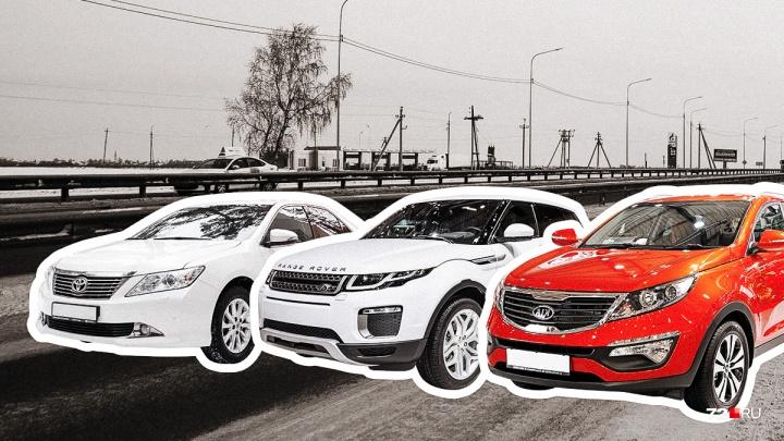 ВИП-гараж: показываем, на каких автомобилях ездят глава Тюменского района и ее замы