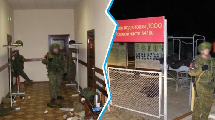 «Пробивали лося» и «ловили бабочек»: в суде рассказали об издевательствах в части Шамсутдинова