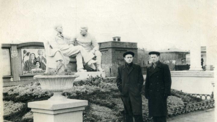 «Сова» — значит «Коба»: вспоминаем, где в Челябинске стояли памятники Сталину
