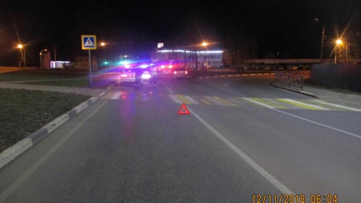 В Ярославле на пешеходном переходе сбили девушку