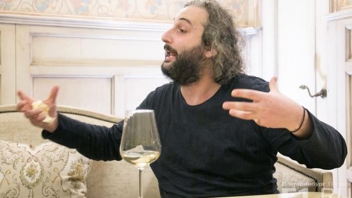 """""""Моё любимое место в Тбилиси - это кладбище"""": лидер группы Mgzavrebi рассказал, зачем ехать в Грузию"""
