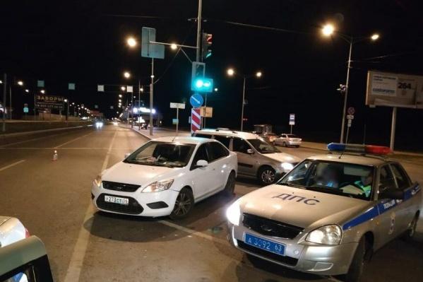 Активисты движения «Ночной Патруль Самара» сняли последствия аварии и вызвали сотрудников ДПС