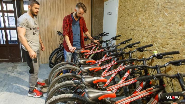 Перекрытие центра и выборы «мэра»: волгоградцы начали кампанию «За велосипед!»