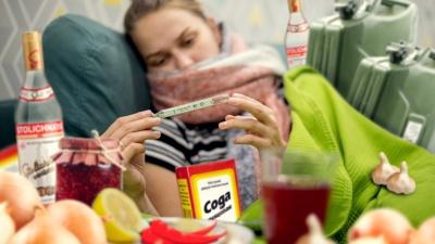 Чеснок и водка против простуды: спасёт ли вас народная медицина?