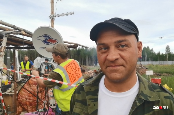 Эдуард Лужков провел две ночи в отделении полиции