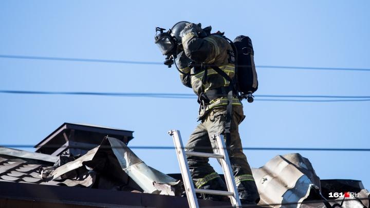 Опасная работа: ростовские пожарные отмечают профессиональный праздник