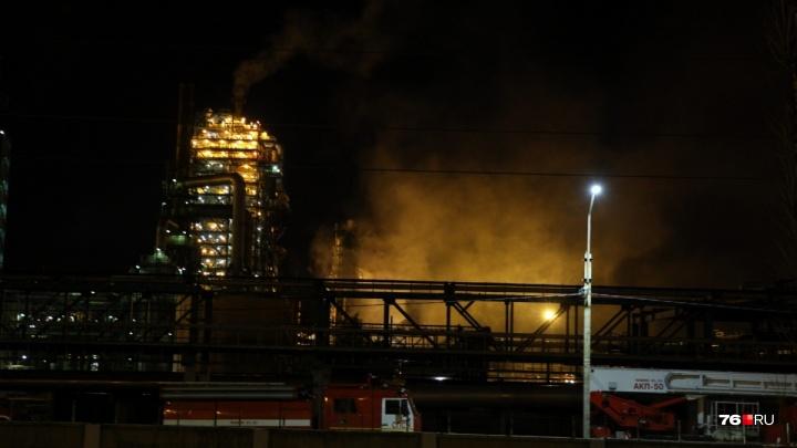 После пожара на НПЗ в Ярославле проверяют воздух