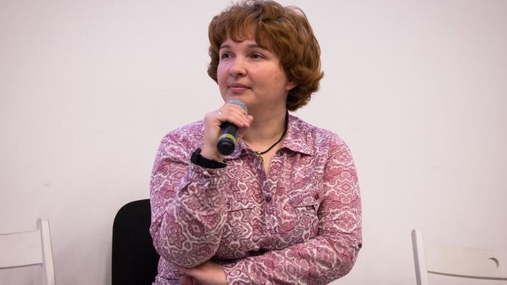 Психолог — о том, почему ученица, которую тискал учитель в Башкирии, не сопротивлялась