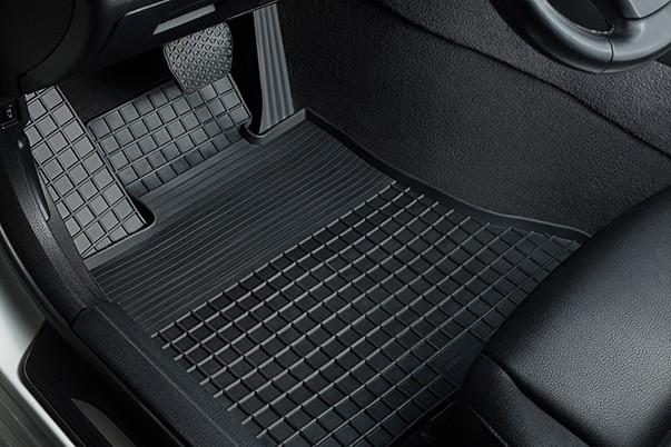 Эффект доказан годами службы: автомобильные коврики Seintex презентовали екатеринбуржцам