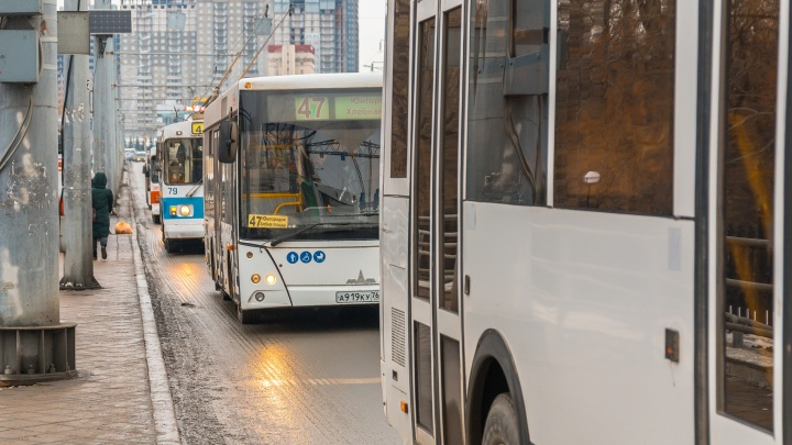 В Самаре муниципальные автобусные маршруты хотят передать обратно мэрии