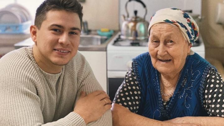 Срочник, выживший при обрушении казармы в Омске, рассказал, как узнал о смерти мамы