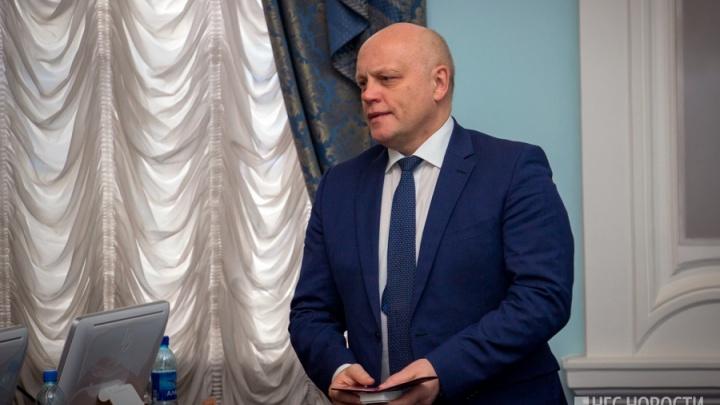 Экс-губернатор Омской области получил удостоверение сенатора Совета Федерации