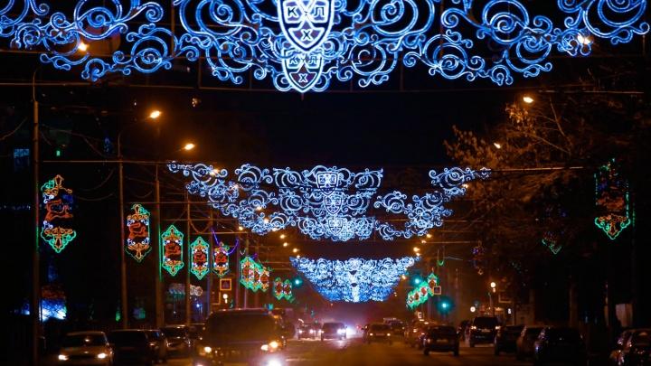 В центре Уфы снимут новогоднюю иллюминацию, для этого перекроют улицу Ленина