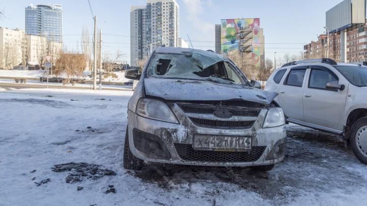 «Это был умышленный поджог»: в центре Волгограда ночью сожгли легковушку