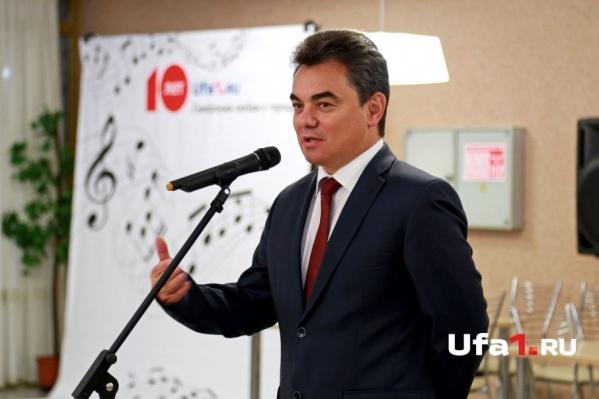 Глава администрации Уфы уступил сити-менеджерам Москвы и Белгорода