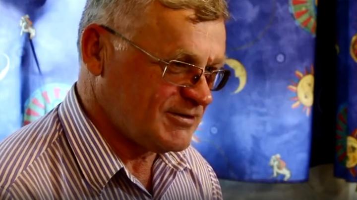 «Мне нравится это делать»: житель Ачинска научился сам изготавливать варганы и на них играть