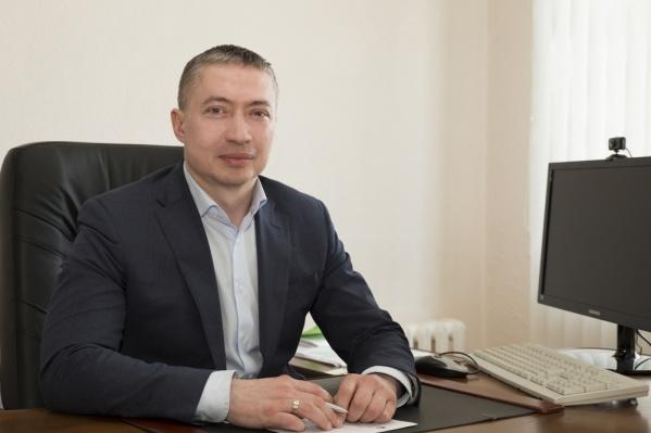 Осенью Виталию Новосёлову исполнится 45 лет